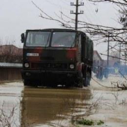 Locuitorii unui sat din Covasna ar putea fi evacuați forțat