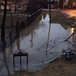 """Până vineri, autoritățile brașovene vor contabiliza pagubele produse de inundații și vor trimite """"nota de plată"""" Guvernului"""