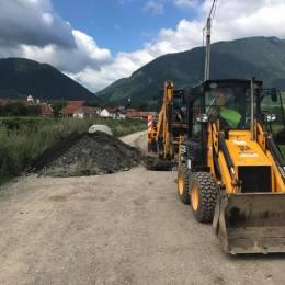 Lucrări de aproape 550.000 de lei pentru extinderea rețelei de canalizare din orașul Zărnești