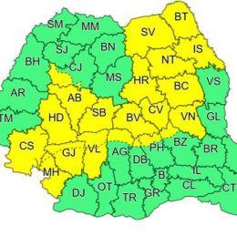 Un nou cod galben de ploi torenţiale şi vijelii vizează Brașovul până miercuri dimineaţă