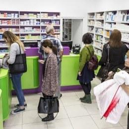 Studiu: O gospodărie alocă 10% din cheltuieli, pe produse farmaceutice