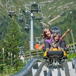 VIDEO Alpine Coaster de 1,5 milioane de euro în Poiana Brașov