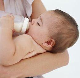 Natalitatea este într-o continuă scădere. În iunie, s-au înregistrat cu 1.486 mai puține nașteri, comparativ cu luna mai