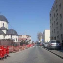 O firmă din Vidra va câștiga 3,27 de milioane de lei din repararea conductelor de apă caldă și căldură de pe străzile Brașovului