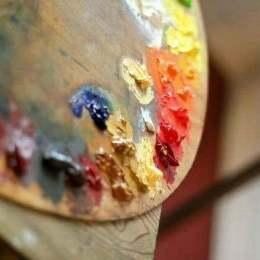 Artiștii vizuali sunt invitați să-și expună lucrările la Brașov, în cadrul unui eveniment internațional. Se pot înscrie gratuit până pe 31 iulie