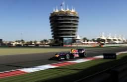 Un operator telecom își fildelizează clienții business cu team building-uri la Formula 1