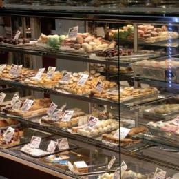 Cofetăriile Saray au vândut prăjituri de 6,8 milioane de lei în Brașov și Codlea