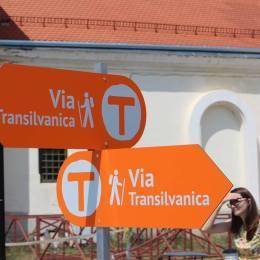 Traseul de drumeție Via Transilvanica trece prin patru localități din Brașov. La final de lună, va fi deschis oficial