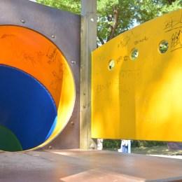 Parc second-hand în Triaj: Toboganele montate au fost aduse direct vandalizate