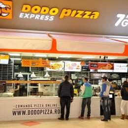 """Dodo Pizza, franciza rusească ce și-a început extinderea de la Brașov, va """"importa"""" angajați din Nepal. Rușii au vândut, la Brașov, pizza de peste cinci milioane de lei anul trecut"""