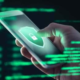 O nouă tentativă de fraudă pe Whatsapp: Atacatorii ademenesc utilizatorii de internet cu vouchere oferite de la Mega Image