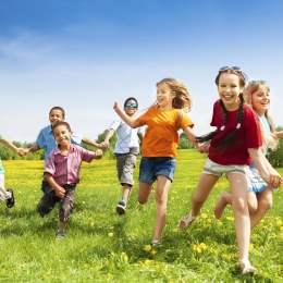 Alocațiile pentru copii vor fi majorate cu 20% de la 1 august. De la 1 ianuarie, o creștere mai consistentă