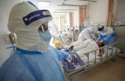 Iohannis vrea acordarea unui bonus lunar de 500 de euro pentru medicii care tratează pacienții COVID-19