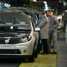 Semne de revenire la viața normală: Dacia ia în calcul repornirea producției din a doua parte a lui aprilie