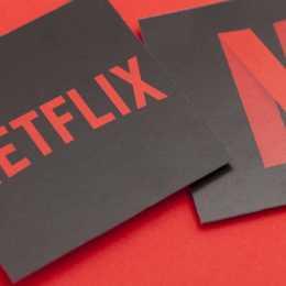 Noutăți Netflix în aprilie: La Casa de Papel: Sezonul 4, The Man from U.N.C.L.E., Meet Joe Black și altele