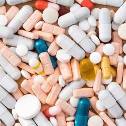 O companie brașoveană de distribuție a vândut, anul trecut, medicamente de 830 de milioane de lei