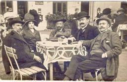 Cârciumăritul, o tradiție în familia lui I.L. Caragiale. Marele autor a încercat să copieze specificul unei zahanale din Brașov