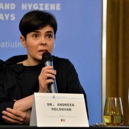 """Doctor Andreea Moldovan: """"Activitățile sociale sau vizitele în marile centre comerciale trebuie să fie oprite pentru a limita răspândirea infecțiilor cu noul coronavirus"""""""