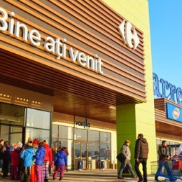 Hypermarket-ul Carrefour de la Brașov este al treilea în topul vânzărilor magazinelor retailerului francez