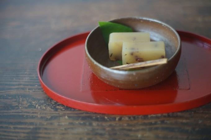 備前小鉢 Yoshiteru Takariki -白練羊羹-