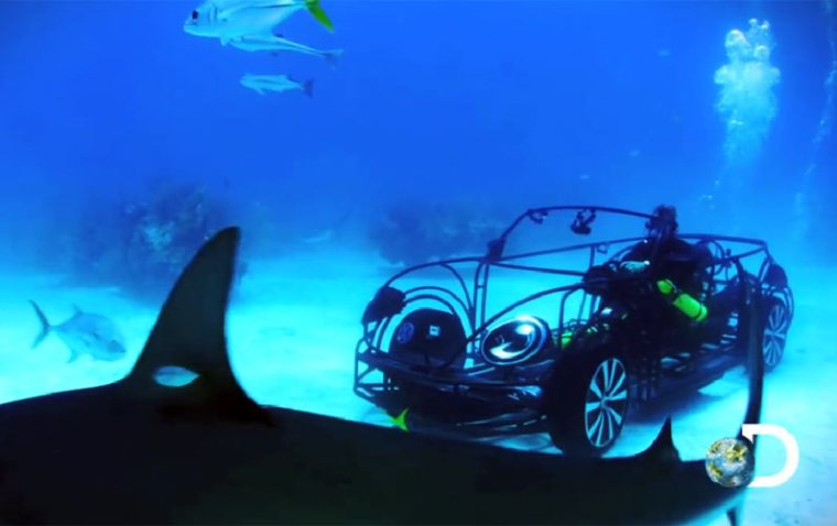 What Does It Feels Like Driving a VW Beetle Underwater?