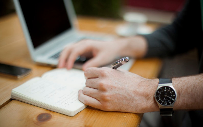 4 Things to Consider Before You Choose an Online MBA Program