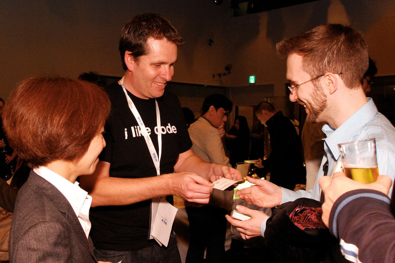 8 Easy Steps to a Better Networking Business Card