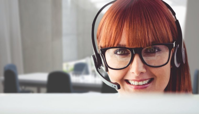 Phone answering service officer