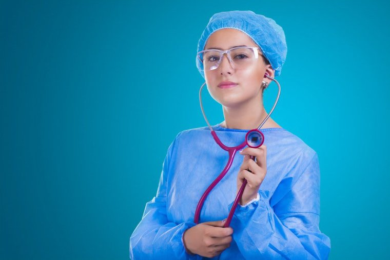 Key Things to Consider When Putting Together a Healthcare Uniform