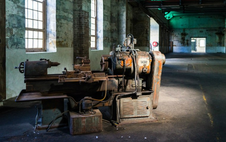3 Benefits of Purchasing Used Equipment for Your Business