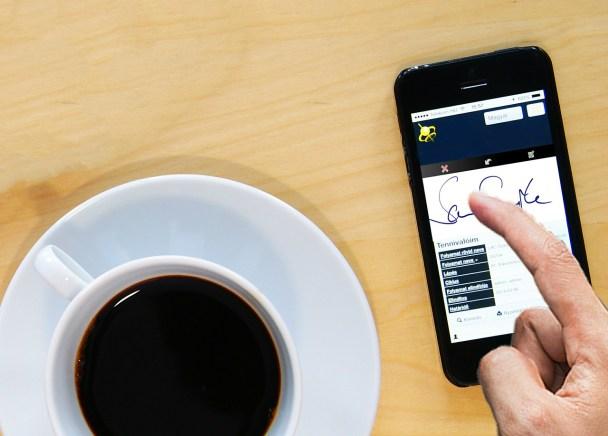 Digitizing Your Paperwork: 8 Reasons to Start Using Electronic Signatures