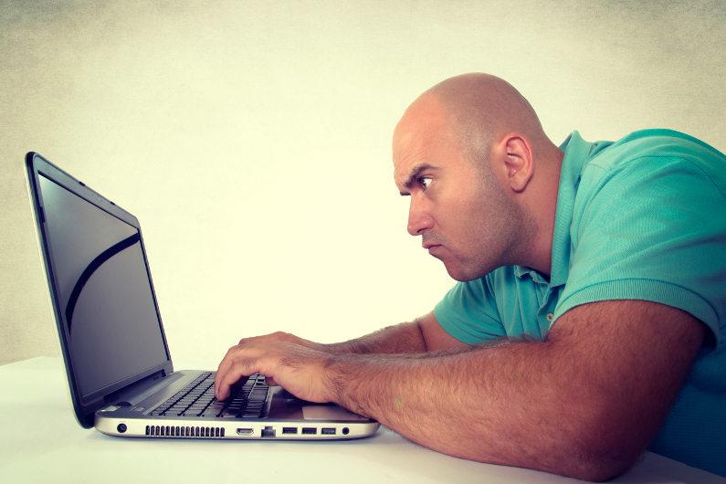 4 Dangers of Social Media