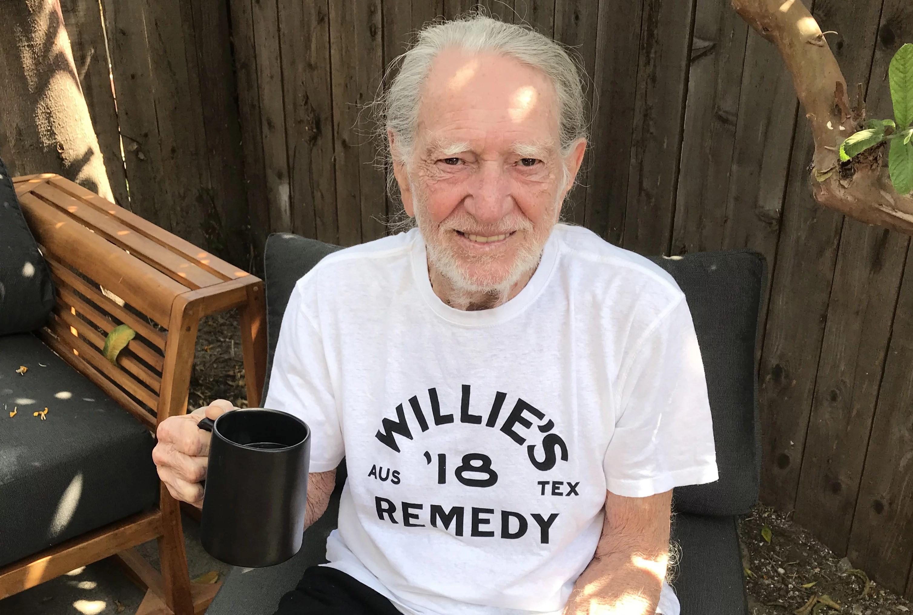 Willie Nelson Readies Hemp-Infused Coffee – Rolling Stone