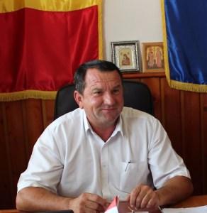 foto Primar Țicleni