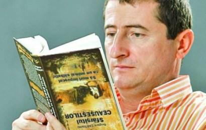 """Carte inspirată din proteste. Un scriitor gorjean lansează """"600.000 – #Rezist"""""""