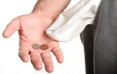 Sondaj: Mii de salarii mai mici, de anul viitor