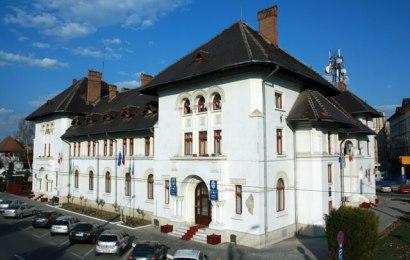 """""""Moștenire"""" de la Cârciumaru&Co: """"Gaură"""" în bugetul municipiului de aproape 600 de mii de lei. Lucrări nerealizate, recepționate cu ochii închiși și plătite!"""