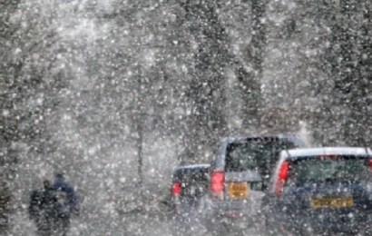 Lapoviță și ninsori în toată țara