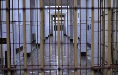 Violul, pedepsit în România la fel ca și crima