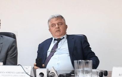 """Sorin Boza a devenit directorul """"Altă întrebare!"""". Simte că a ajuns """"pe făraș"""" și ia la ture jurnaliștii"""