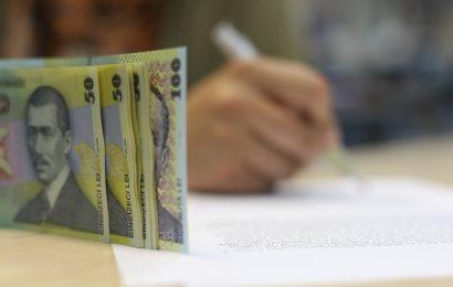 Vești proaste pentru românii care au credite