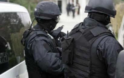 Noua tineri din Targu Jiu furnizau droguri pentru studentii din Timisoara. Au fost arestati!