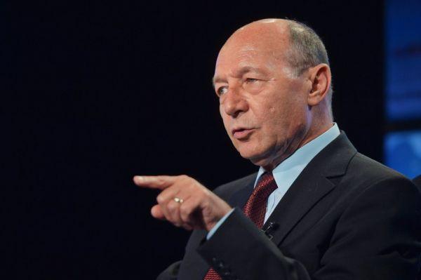 Băsescu candidează la Primăria Capitalei