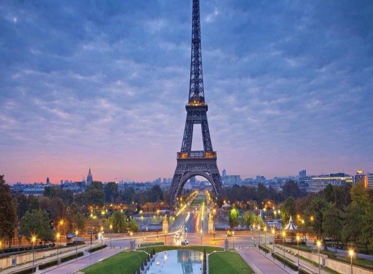 Masca obligatorie la Paris în zonele aglomerate