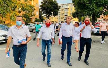 Mihai Weber, alături de echipa PSD de la Municipiul Târgu Jiu