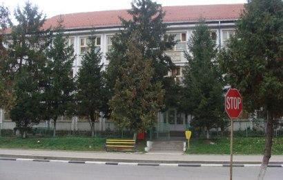 Două școli din Gorj intră în scenariul roșu