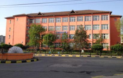 Gorj: Profesoară cu COVID a băgat în carantină zeci de elevi