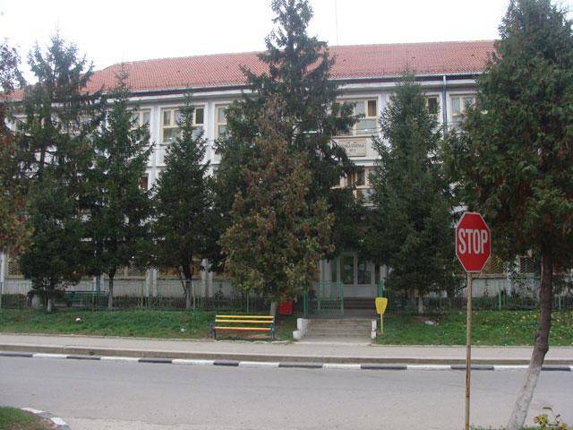 Cresc cazurile de îmbolnăvire cu coronavirus în școlile din Gorj