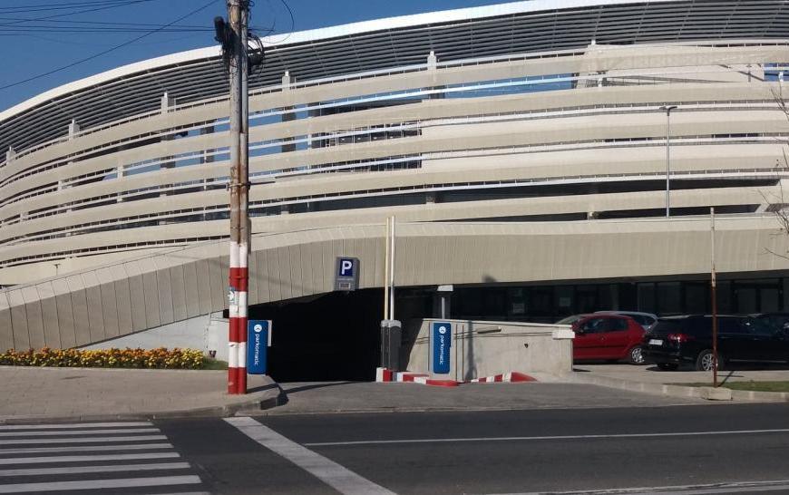 Taxă introdusă pentru o parcare din Târgu Jiu