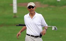 Obama goes golfing